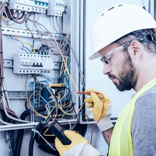 preiss_stelle_blue_217090392 Preiss Elektroanlagen - Stellen & Ausbildung